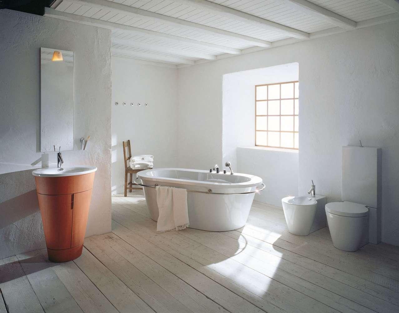 Philipe-Starck-rustic-modern-bathroom-decor