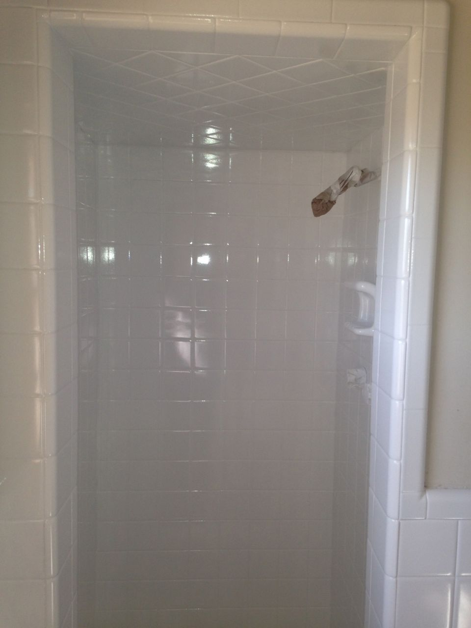 All Amazing Bathtub Refinishing Tampa FL Surfaces Come With A 10 Year  Guarantee! Call Us Now: (813) 922 2880